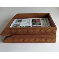 3235 Brevkorgar Skrivbordets lådor för korrespondens; in & ut