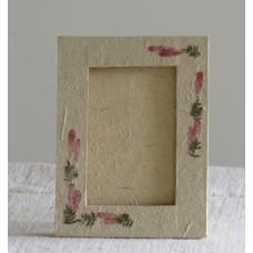 141 Blomsterdekorerad fotoram